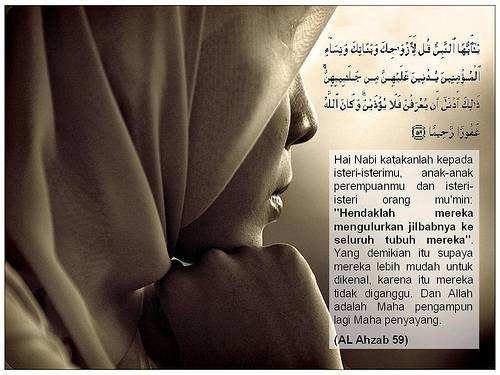 http://vachmee.files.wordpress.com/2011/10/jilbab.jpg